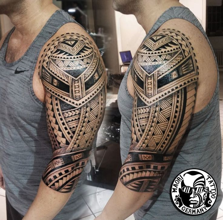 die besten 25 maorie tattoo oberarm ideen auf pinterest m nner tattoos oberarm maori. Black Bedroom Furniture Sets. Home Design Ideas