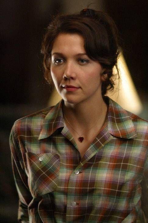"Maggie Gyllenhaal in ""Mona Lisa Smile"""
