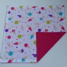 Serviette de table personnalisable, serviette de cantine enfant motifs glaces.