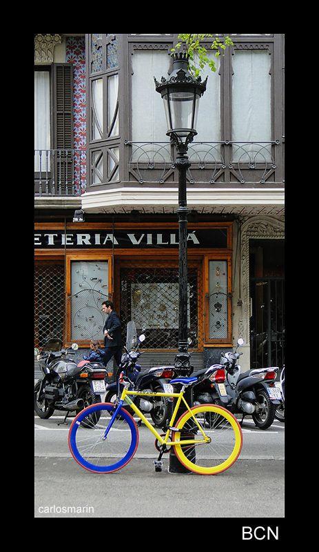 bicycle and color - Barcelona, Barcelona
