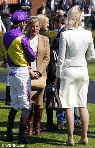 The Countess of Wessex chats to Adam Kirby and co-owner, the Countess of Derby