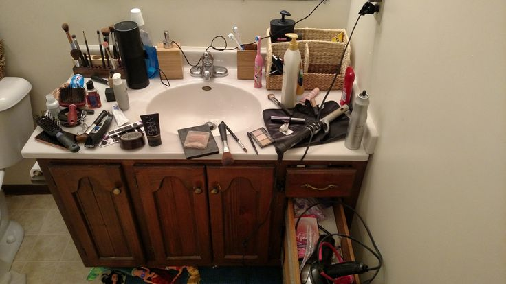"""""""Can you not leave your beard trimmings in the sink?""""   funny pictures"""