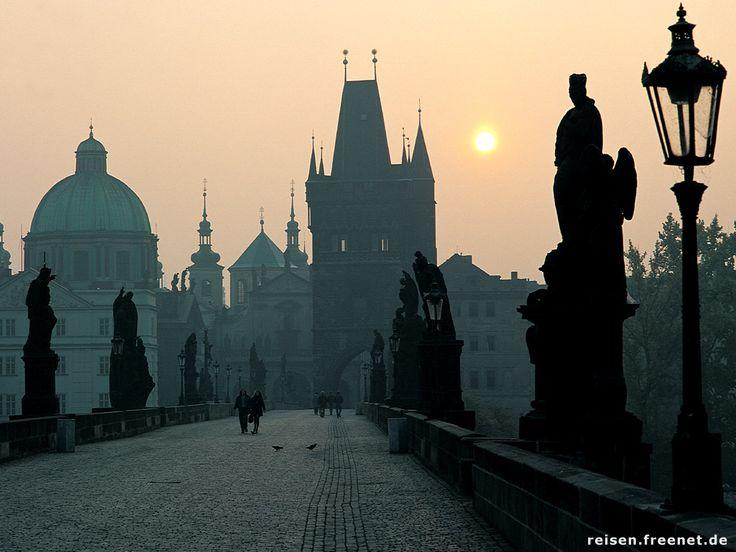 PragueBuckets Lists, Favorite Places, Charles Bridges, Beautiful Places, Places I D, Christmas Holiday, Prague Czech Republic, The Bridges, Travel