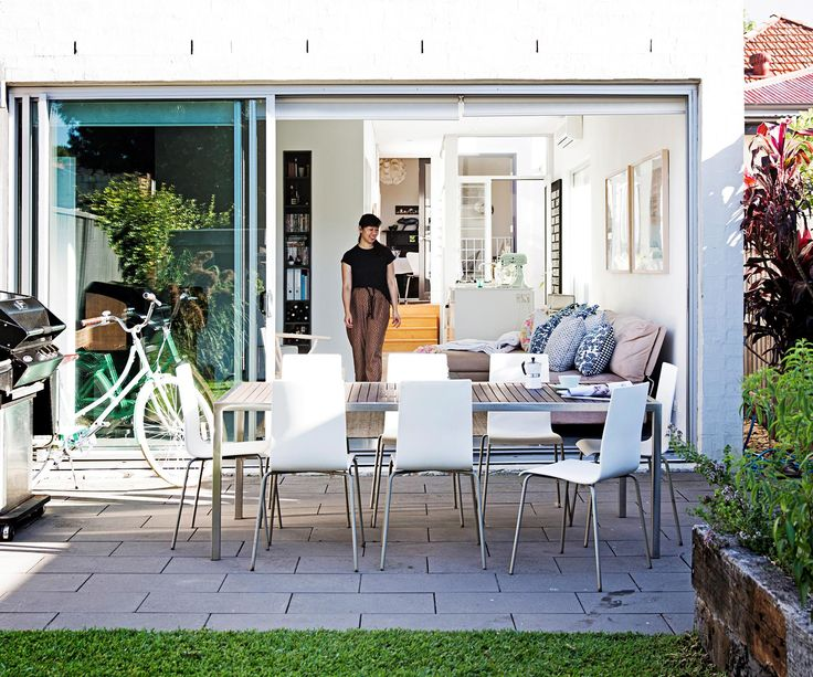Vanessa's Sydney home combines down-to-earth warmth with a dose of contemporary flair.