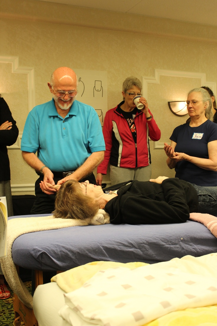 Bill Flocco demonstrating Hand Reflexology Portion of Integrated Foot Hand Ear Reflexology Session. www.AmericanAcademyofReflexology.com