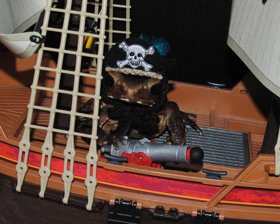 Halloween Pirate Costumes
