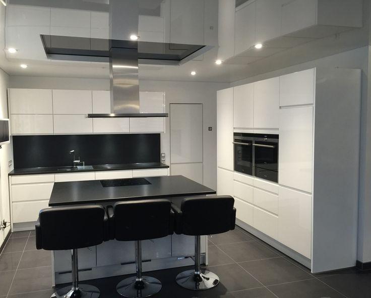 Perfect SCHÜLLER SIEMENS GUTMANN BLANCO | #okap #wyspa #sombra #kuchnia #czarny.  Modern KitchensHausContemporary Unit KitchensModern Kitchen Design Good Looking