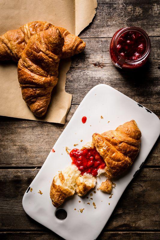Confiture de fraises sans cuisson - la meilleure au monde! #fraises #bouffe #weekend #foodporn #miam #fraises #food #sanscuisson #mangeraveclesyeux #sante #healthy #cuisine #brunch #breakfast