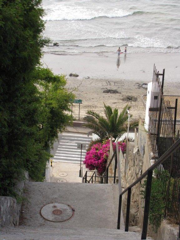 Concon Apartment Rental: Departamento Con 3 Dormitorios Frente Playa Negra Concon | HomeAway 1188usd per week