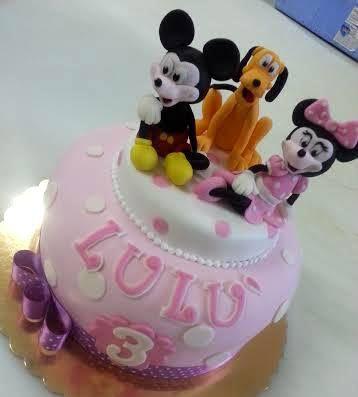 Minnie, Topolino e Pluto. Torte Artistiche per qualsiasi evento della pasticceria La Mimosa di http://www.simocakedesigner.it
