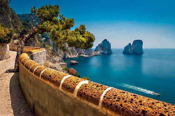 Via Krupp da Ilha de Capri, uma trilha em ziguezague que é uma obra de arte 05