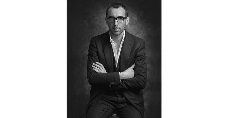 Après une absence de trois ans, Z Zegna a annoncé son retour au plus grand évènement de la mode masculine de Florence. L'occasion pour Alessandro Sartori de faire son retour à la direction artistique de la maison et de présenter sa première collection sous les feux de la ville.