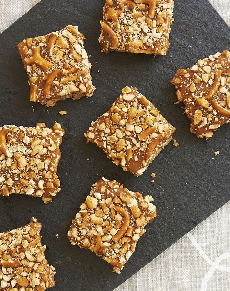 Peanut Butter Caramel Pretzel Bars #peanutbutter #caramel #bars