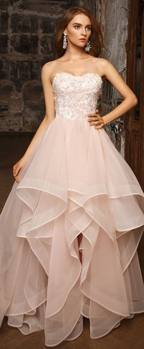 Fashionable Tulle & Organza Sweetheart Neckline A-line Wedding Dress With 3D Flowers & Beadings