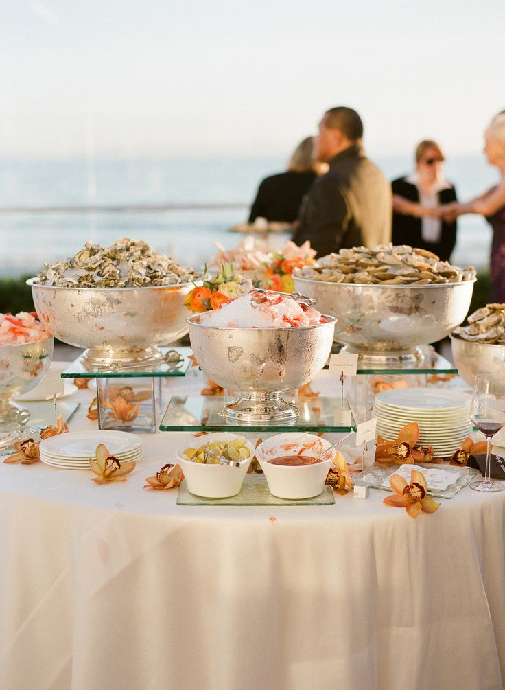 Seafood buffet overlooking the ocean | La Pacifica terrace | Coral Casino Beach and Cabana Club | #SantaBarbara