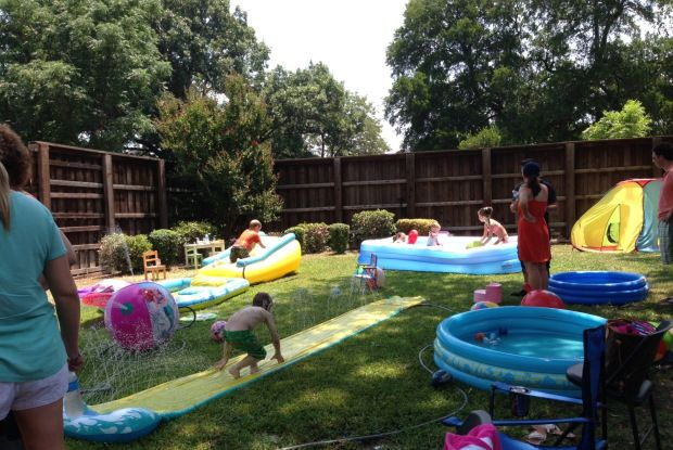 Backyard sprinkler party set up