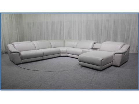 Ontario Power Motion 6 Piece Sectional From Huffman Koos