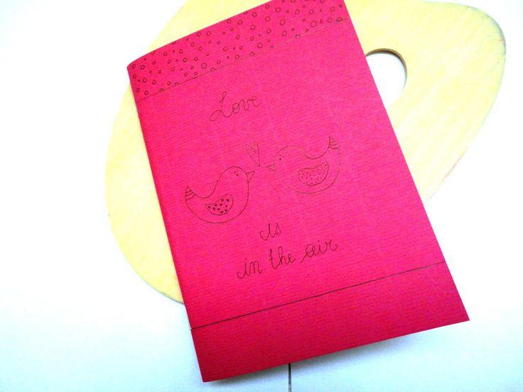 """Quaderno A Quadretti Con Copertina Disegnata a Mano """"Love is in the air"""", by La Flor Azul, 6,00 € su misshobby.com"""