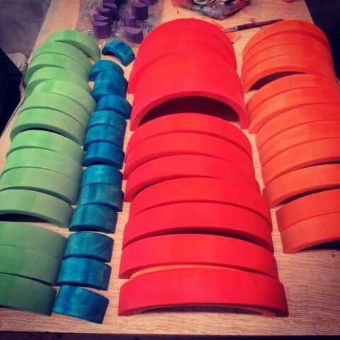 #Rainbows радуги из липы в цветной глазури. #чудево #чудодерево #chudevotoys #woodentoys