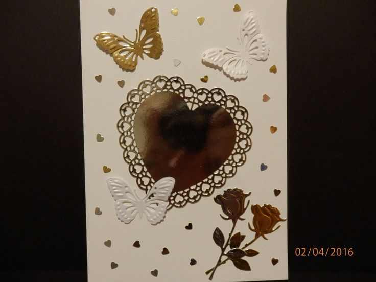Card made by me with help with SIZZIX BIG SHOT MASKIN..