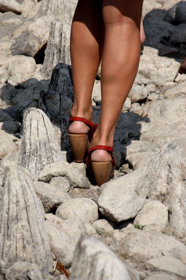 Where could I go withoutmy feet ? Where could I go without paths  ? Where could I go without my JESUS ?  Gdzie mogłabym pójść bez moich stóp? Gdzie mogłabym pójść bez dróg? Gdzie mogłabym pójść bez Mojego JEZUSA?
