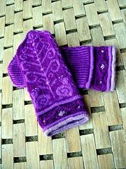 Purple Snail Mittens