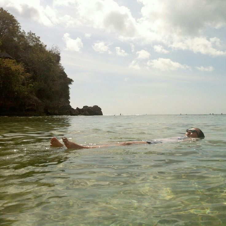 Take a nap, Padang padang beach, Bali