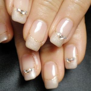 art for nails - French elegance LeaLea nail Stone