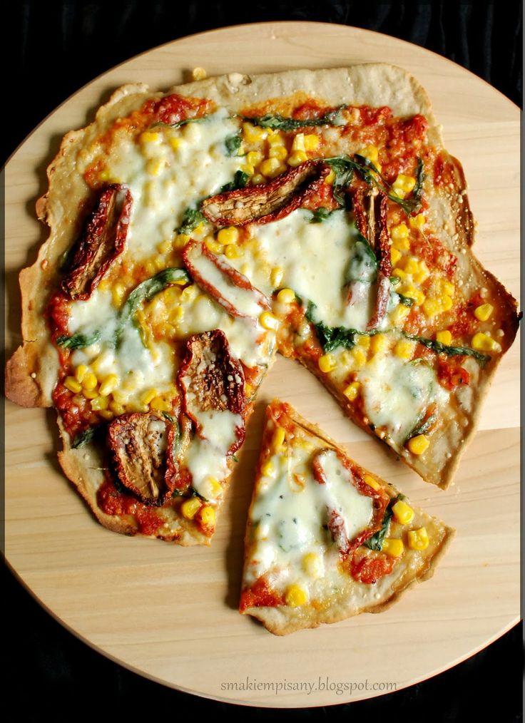 Pizza na żytnim spodzie (pieczona na kamieniu) by Smakiempisany