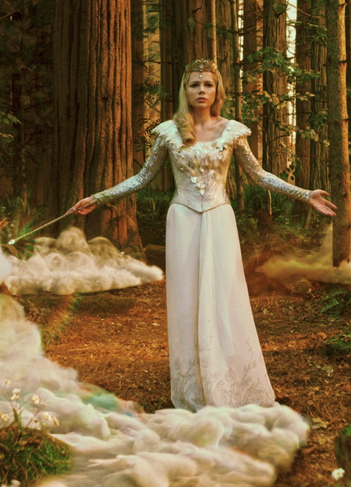 Michelle Williams as Glinda in Oz the Great and Powerful.