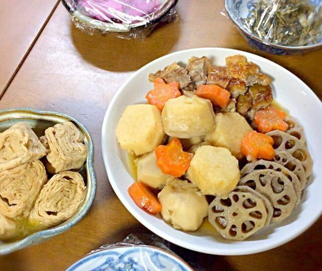 おだしの効いた優しい味付けでほっこり美味しかったです。 - 10件のもぐもぐ - 湯葉の煮物/里芋と鶏肉の煮物 by saaheyu