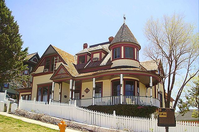 1000 images about day trip prescott arizona on for Victorian houses for sale in arizona