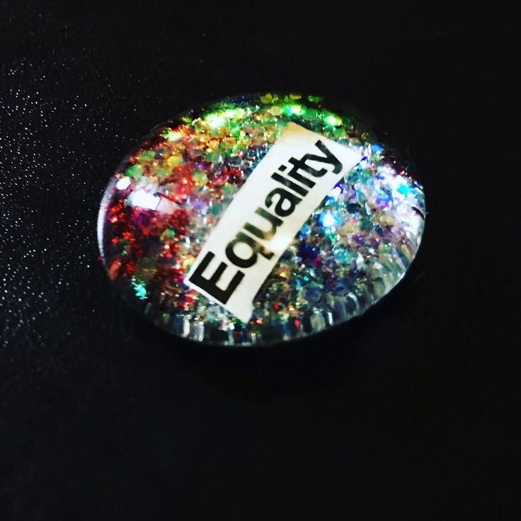 Only 3 days left to get #onsale! Niftythriftyco.com #lovenothate #equality #equalrights #equal #magnet #pin #INSTAGOOD #instagram #freedom #speech #etsyvintage #etsyfinds