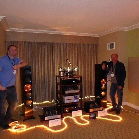 A great photo from The Show Newport with Kevin Deal in the PrimaLuna room showing off some of its stunning electronics driving KEF Reference Five Foundry Edition Speakers #TheSpeakerShack #Speakers #Amplifiers #PrimaLuna #KEF #HighEnd #Music