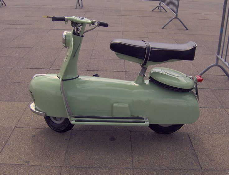 mint scooter: Motorcycles, Bikes Cars Motorcycle, Scooters Mopeds, Stuff, Vehicle, Wheels, Things, Classic