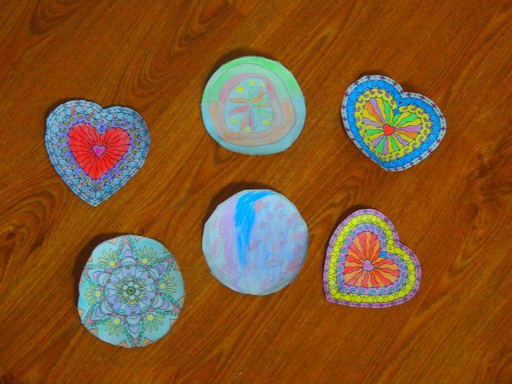 Mandalas coloreados por los niños en un taller especial. ¡Preciosos! #arteconmandalas