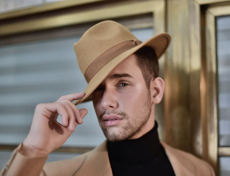 Men's • Style • Fashion • Streetwear • Photoshoot • Photography • Photo: Linda Fodor