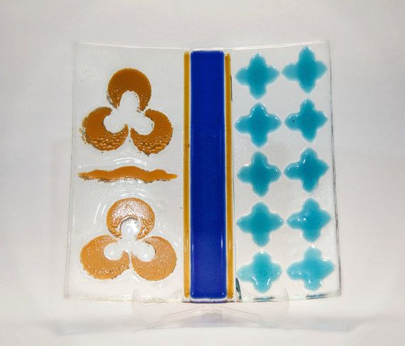 Unique fused and painted glass plate with Ottoman by AtelierThalia