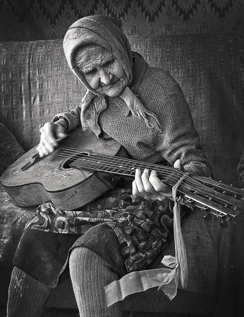 Old granny rocking it :))) guitar and music