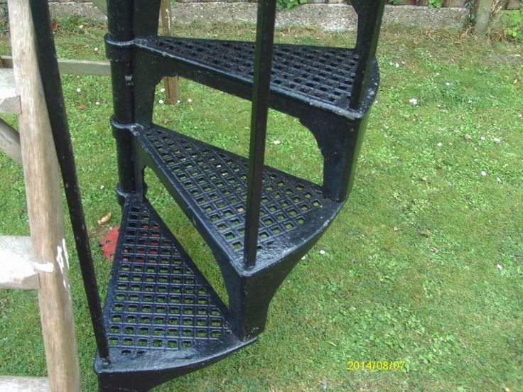 iron spiral staircase for sale  #For Check more at http://staircasedesign.xyz/iron-spiral-staircase-for-sale/