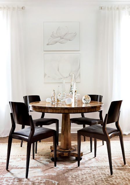 AM Dolce Vita: Decorating with Obelisks, Vintage Crystal Obelisks, Quartz Obelisks, Dining nook