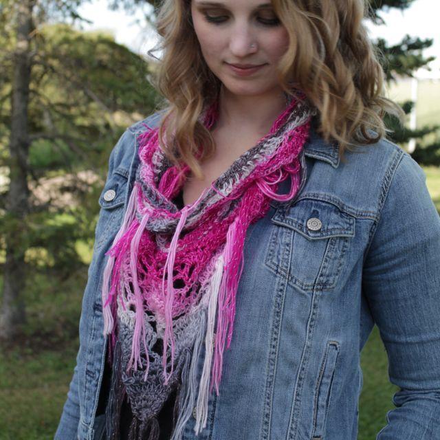 Sparkle, fringe and handmade?  TAKE MY MONEY!!  #crochetedscarf #sparklescarf