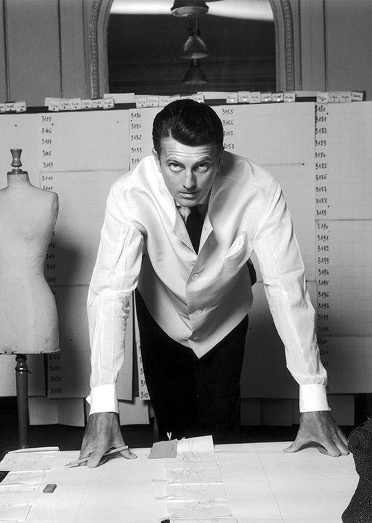 Hubert de Givenchy photographed by Robert Doisneau, 1960.
