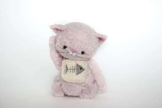 Little Kitten By Natalia Kolesnikova - Bear Pile