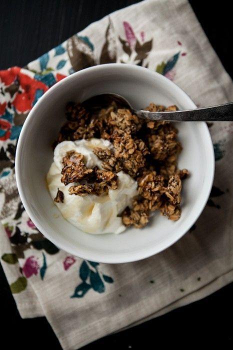 Roasted Banana-Nut Granola (via Naturally Ella) #breakfast #recipes
