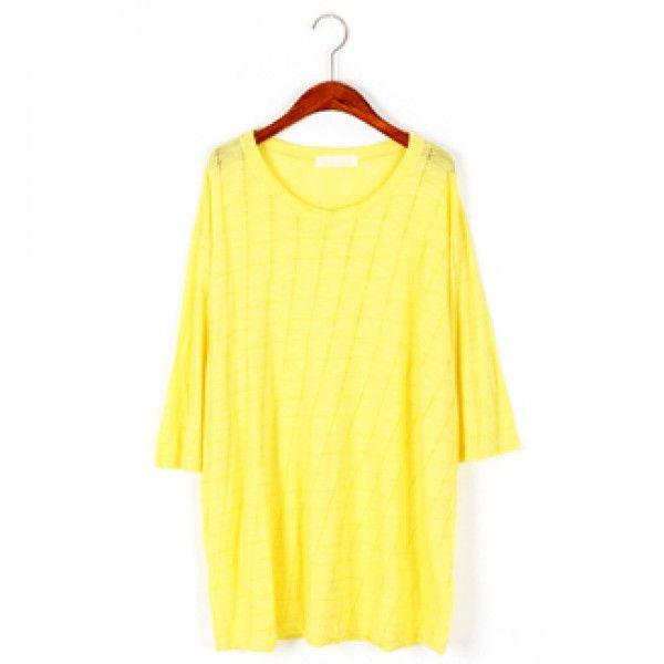 Today's Hot Pick :ドロップショルダーウィンドウペンチェックTee【BLUEPOPS】 http://fashionstylep.com/P0000XGT/ju021026/out 今シーズン注目のウィンドウペンチェックのTシャツ。 ほんのり見えるウィンドウペンチェックが爽やかで女性らしい印象。 程よいヌケ感を演出するドロップショルダーデザインで体型カバーも◎ 着心地リラックスな素材だから、デイリーにカジュアルユース! 肩の力の抜けたゆるシルエットで、旬なこなれバランスにキマります★ 身長によって着丈感が異なりますので下記の詳細サイズを参考にしてください。 ◆色:イエロー/ピンク/ブラック