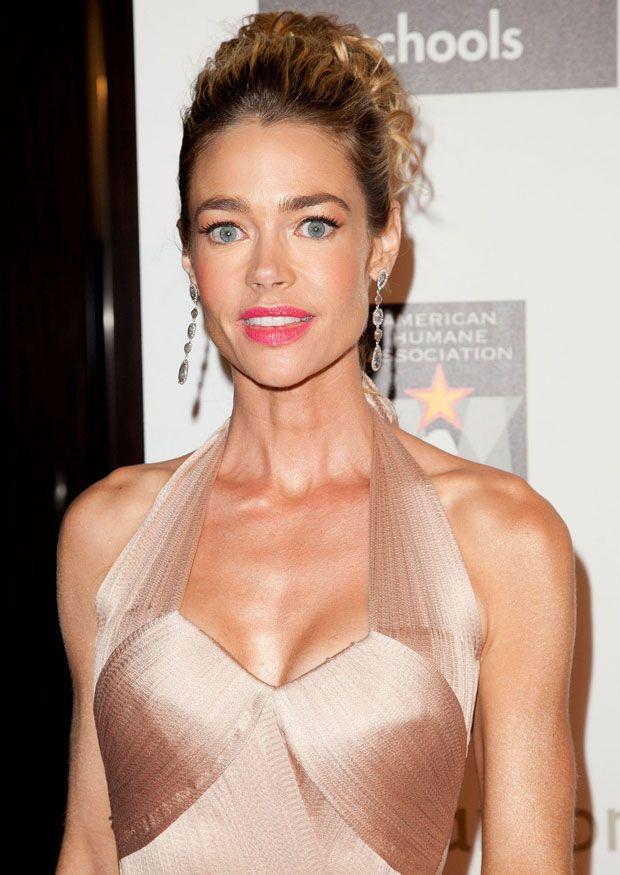 Denise Richards Just Can T Seem To Pick A Good Breast Size