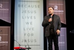 Mark Driscoll Takes Swipe at Barack Obama's Questionable Faith; Says Presidency a Sign 'Christians' Days Are Getting Darker'