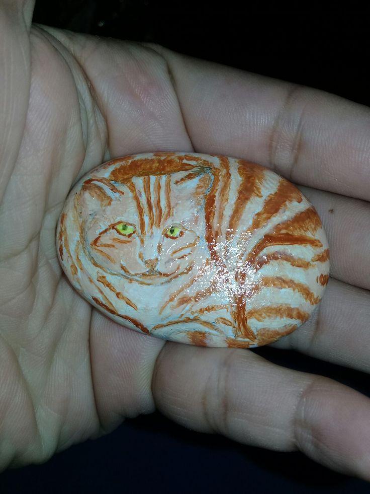 Trial project : cat #pebble #pebbleart #art #artwork