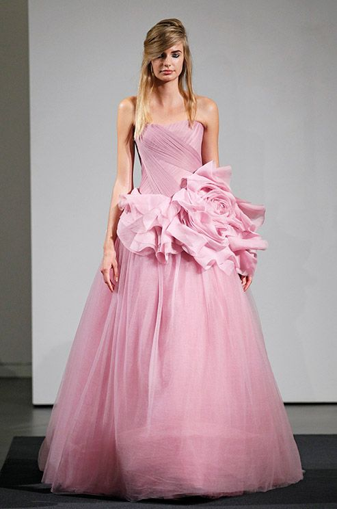 83 best Vera Wang images on Pinterest | Wedding frocks, Homecoming ...
